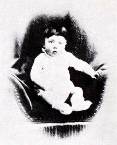 1-årig Adolf Hitler